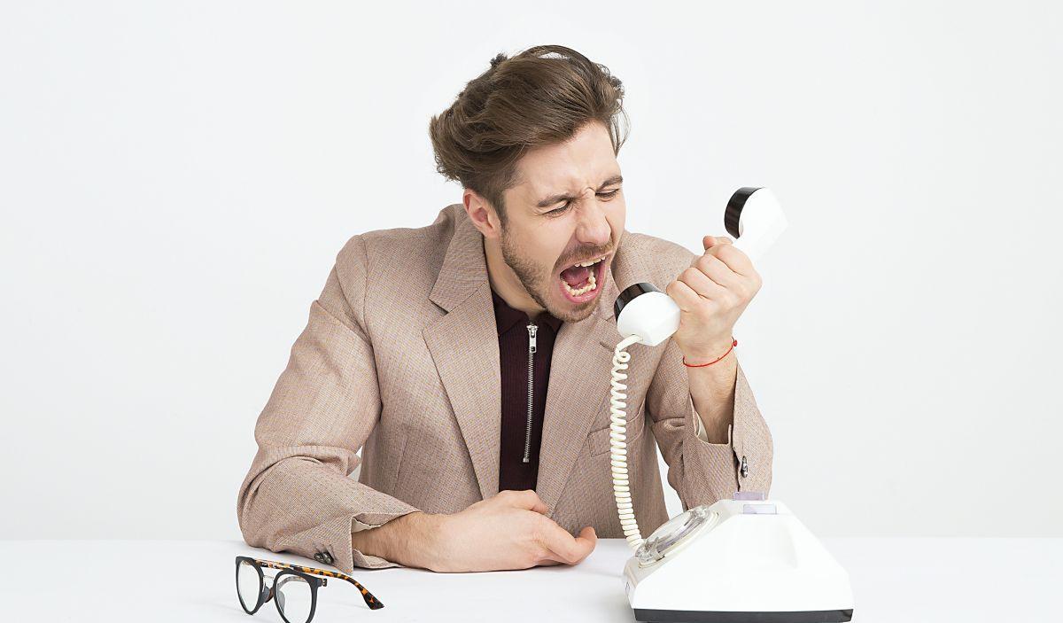spam calls blocker featured image
