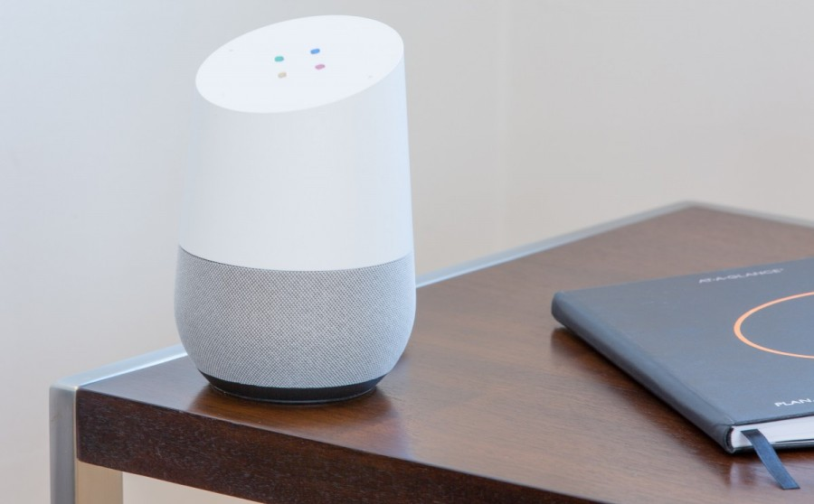 google assistant google home gadget