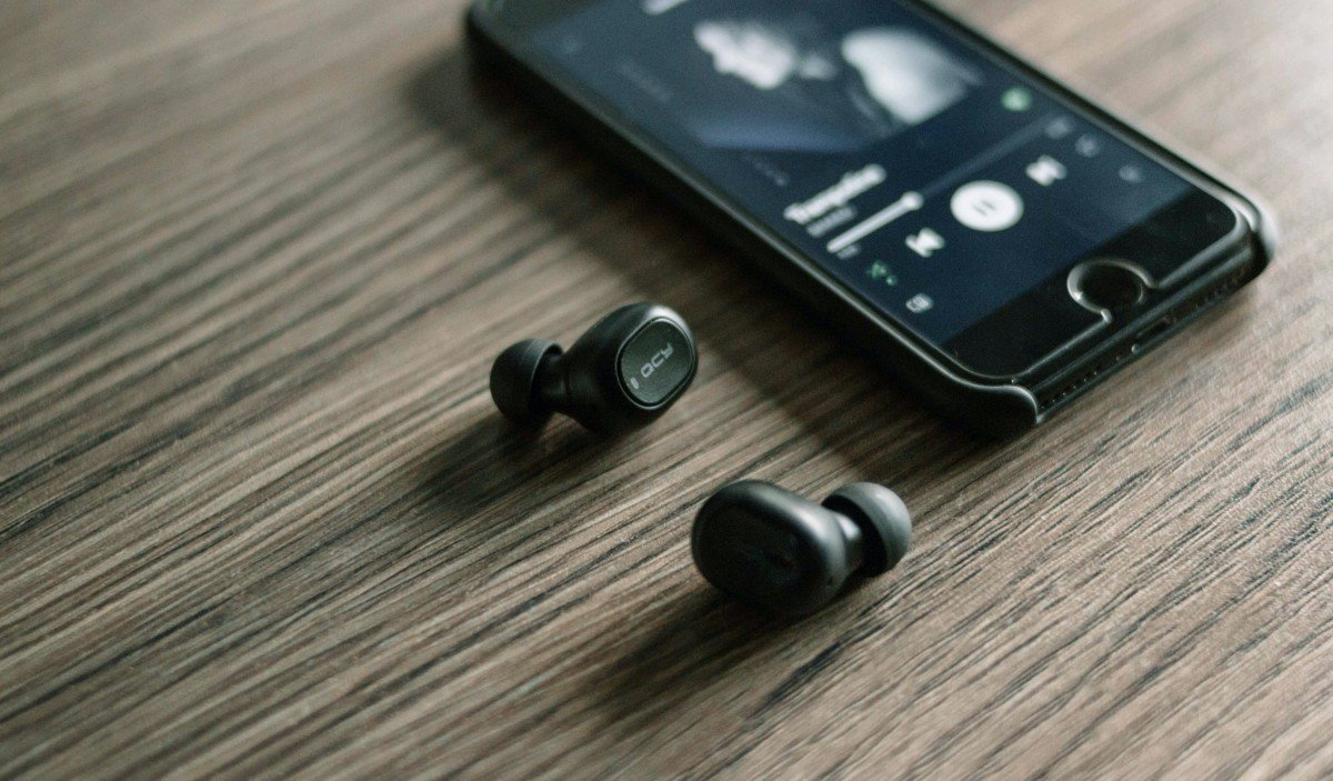 best music streaming sites and apps android featured image
