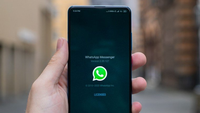 download whatsapp status photos and videos featured image
